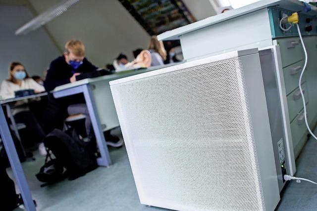 Eltern fordern Luftfilter an Schulen, Gemeinde lehnt dies ab
