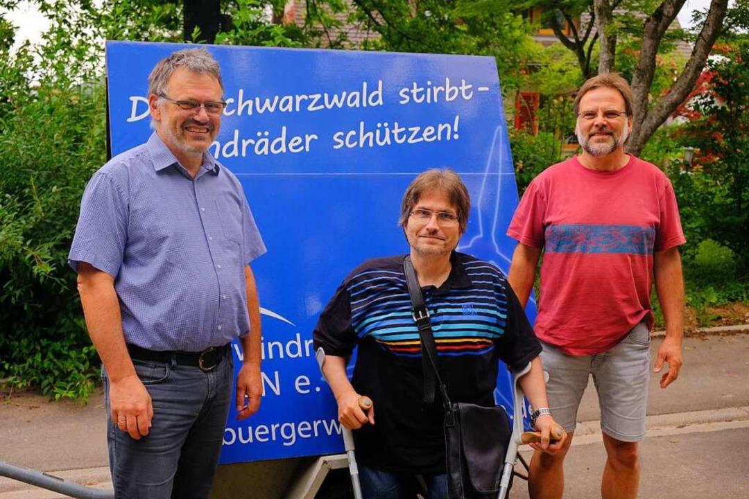 Georg Hoffmann, Oliver Faaß und Kurt M...vom Vorstandsteam Bürgerwindrad Blauen    Foto: Martin Pfefferle