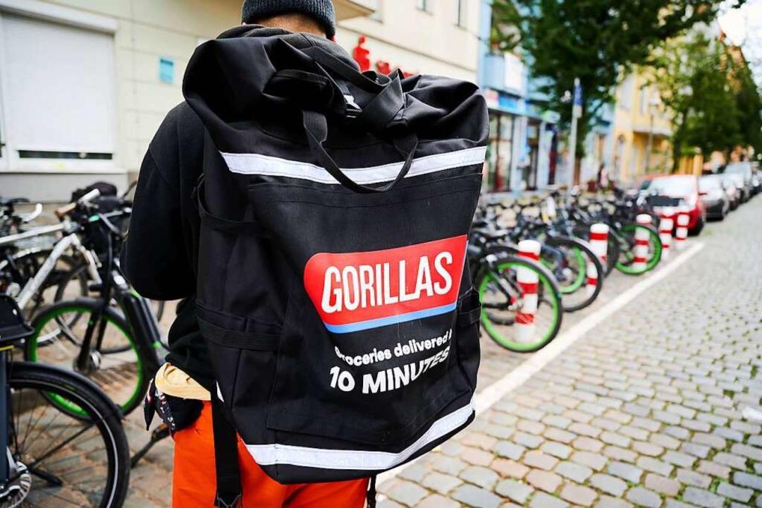 """Umstrittener Lieferdienst """"Gorillas""""    Foto: Annette Riedl (dpa)"""