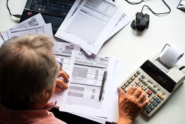 Stichtag 31. Juli: Wer die Steuererklärung zu spät abgibt, muss zahlen