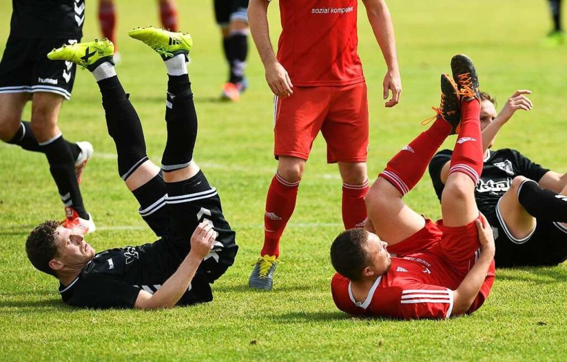 Der Fußball steht wieder auf: Am Woche...ion des südbadischen Pokals gefordert.  | Foto: Patrick Seeger
