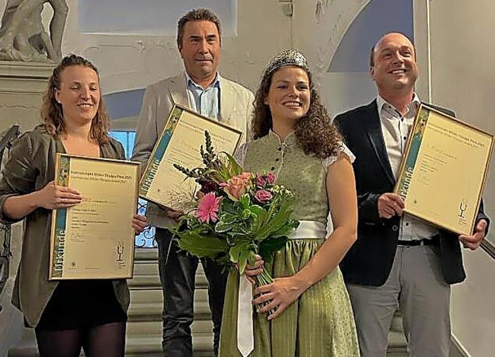 Preisverleihung: Von links Kellermeist...rner Giener (Sasbacher Winzerkeller).   | Foto: Aufnahme privat