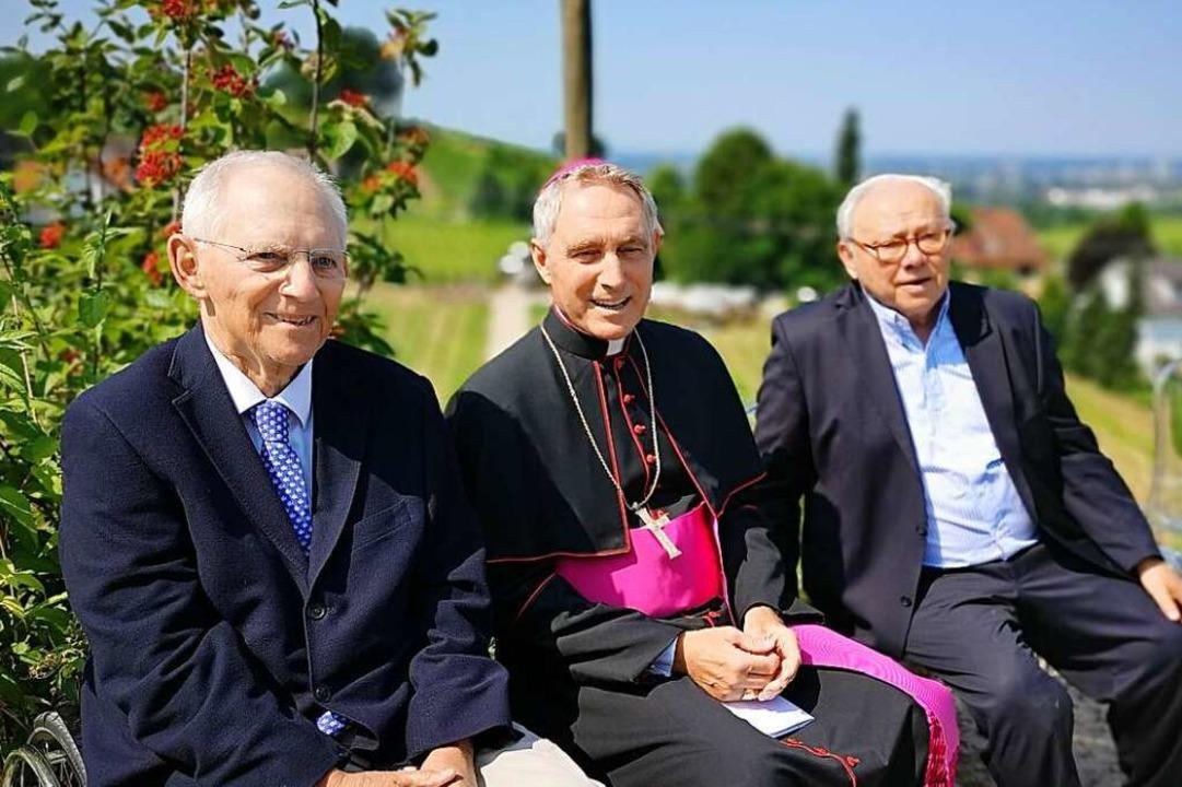 Wolfgang Schäuble, Erzbischof Georg Gänswein, Hubert Burda und Jacob Burda  | Foto: Ralf Burgmaier