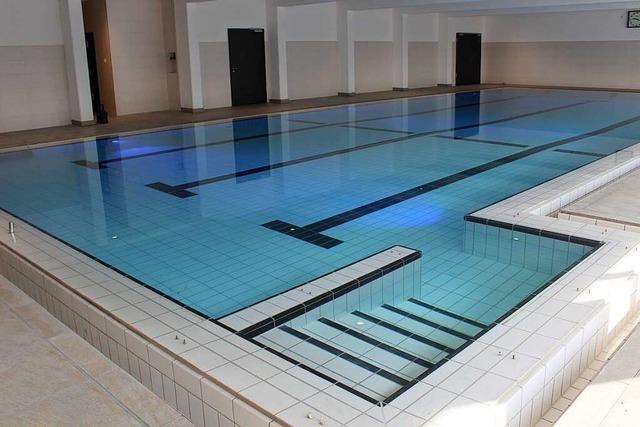 Endspurt bei Umbau von Halle und Schwimmbad in St. Peter