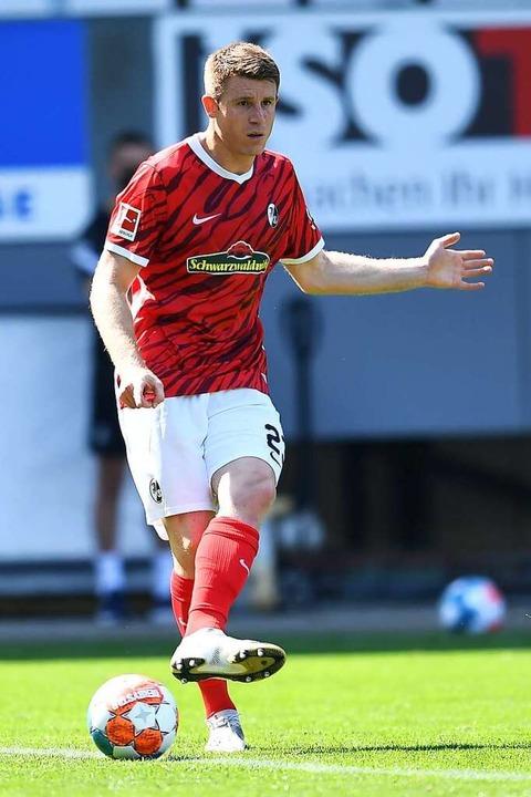 SC-Verteidiger Dominique Heintz spielt...omplette Match gegen Leverkusen durch.  | Foto: Achim Keller