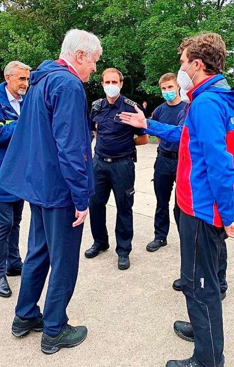Adrian Probst von der Bergwacht Schwar... Vertretern von Polizei und Feuerwehr.    Foto: Bergwacht Schwarzwald