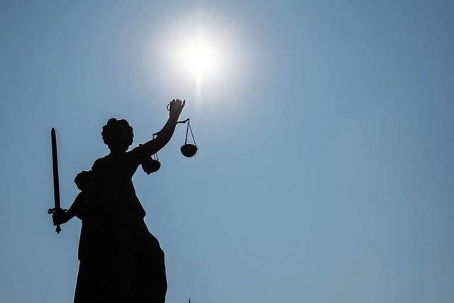 Bewährungsstrafe für Missbrauch der Tochter