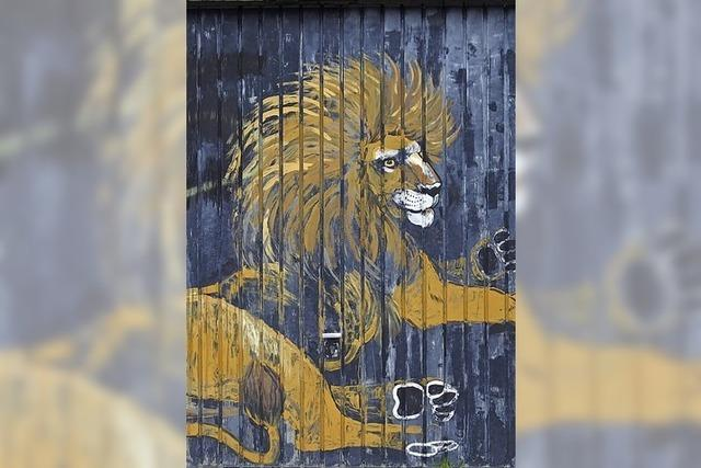 Das Löwentor des Kurorts