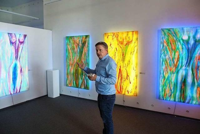Kunsthalle Messmer zeigt selbstilluminierte Werke von Kilian Saueressig