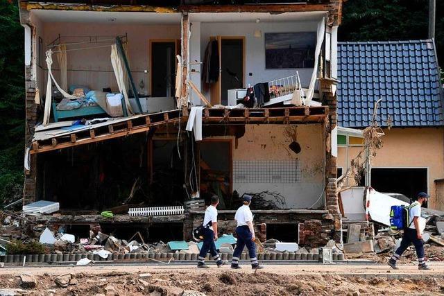 Polizei bittet Helfer, nicht mehr in Katastrophengebiet zu reisen