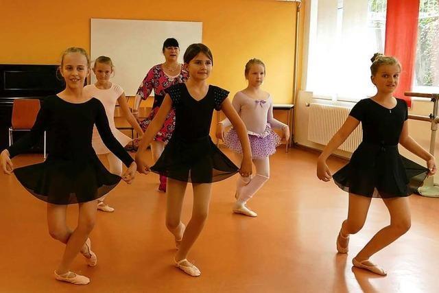 In Steinen kann wieder Ballett getanzt werden