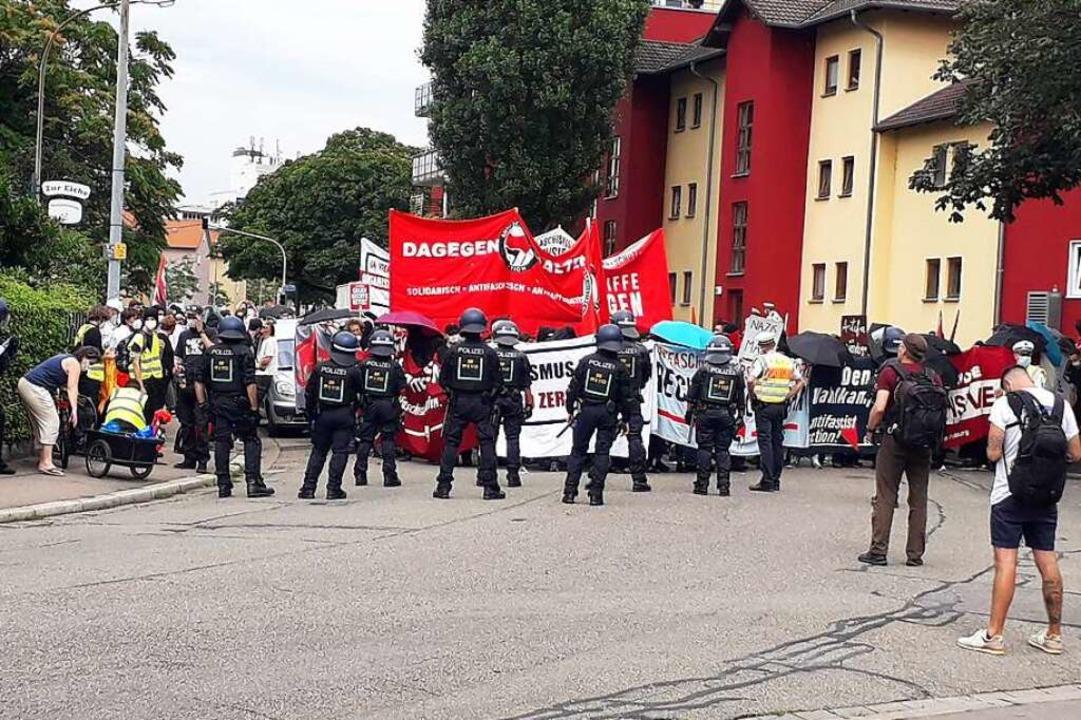 In Haslach stand die Demo kurz vor dem Abbruch.    Foto: Peter Disch