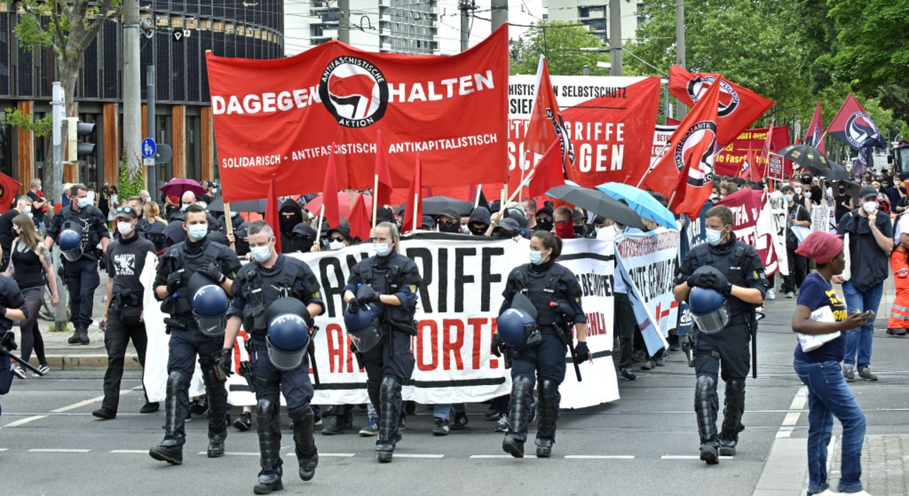 Der Demonstrationszug begann gegen  14.30 Uhr am Rathaus Stühlinger.    Foto: Michael Bamberger