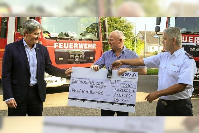 Spenden für die Feuerwehr