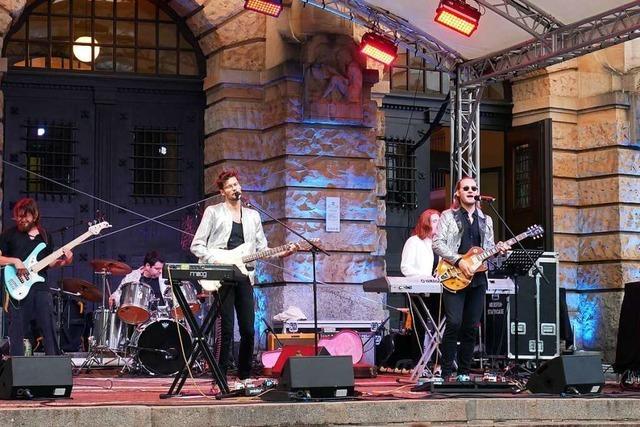 Wie war's beim ... Konzert der Seven Purple Tigers auf dem Platz der Alten Synagoge?