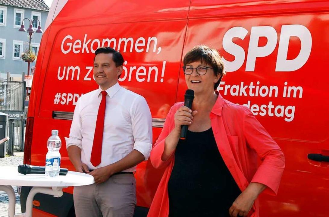 Saskia Esken und Johannes Fechner zu Besuch in Lahr     Foto: Heidi Fößel