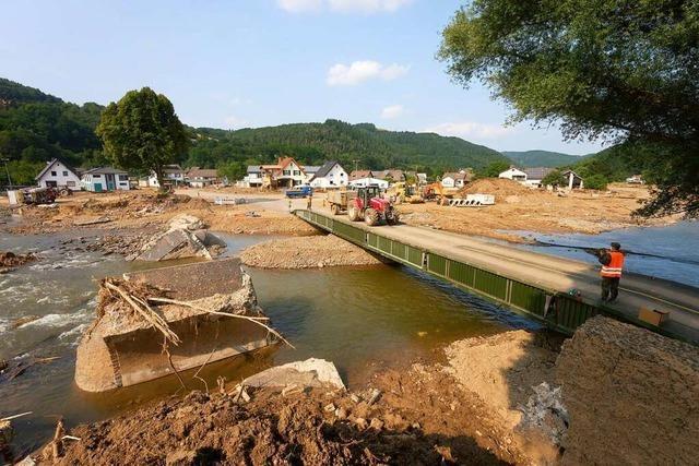 Im Ahrtal hat das große Aufräumen nach dem Hochwasser begonnen