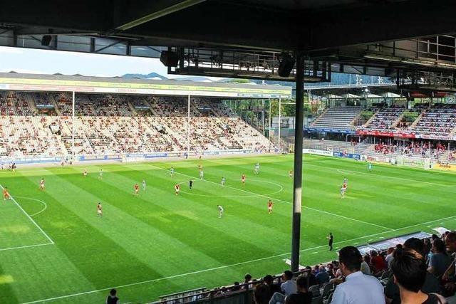 Wie war's beim … ersten Profi-Fußballspiel in Freiburg vor Publikum?