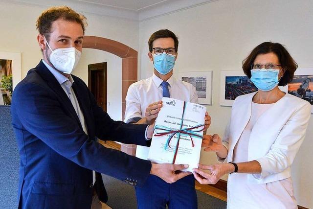 Unterschriften von 2874 Freiburger Eltern fordern mobile Luftfilter fürs Klassenzimmer