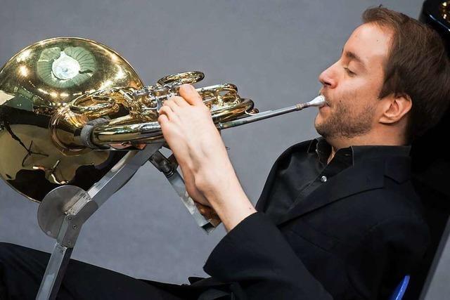 Wie Felix Klieser ohne Arme als Hornist Karriere gemacht hat