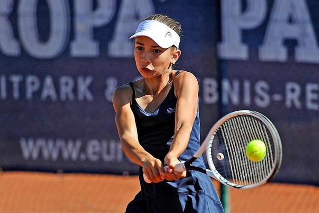 Rheinfelderin Julia Stusek trainiert und spielt an der Seite von Martina Hingis
