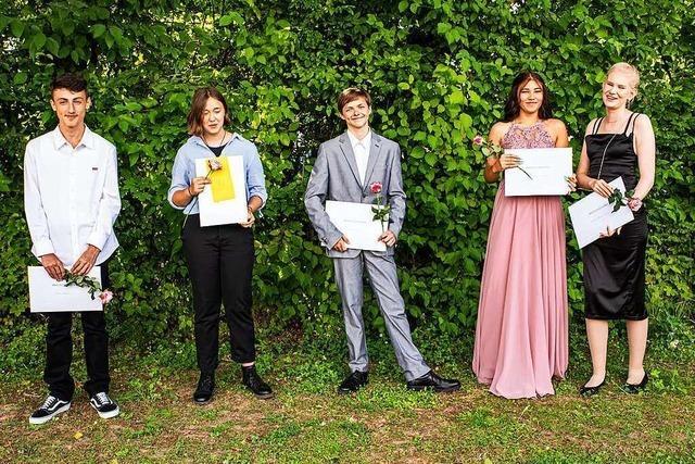 55 Schüler der Ruth-Cohn-Werkrealschule in Denzlingen erhalten Abschlusszeugnisse