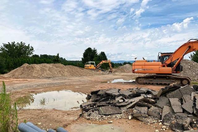Stadt Rheinfelden muss ein Lager mit Erdaushub räumen
