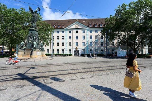 Der Verkauf der Karlskaserne in der Freiburger Altstadt wird zum Konfliktpunkt