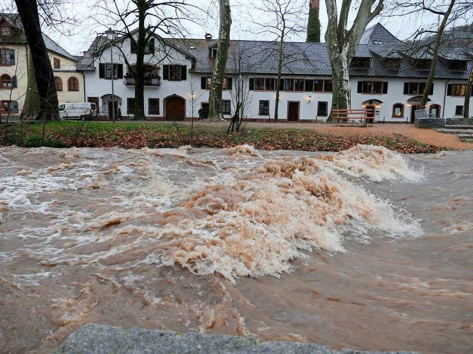 Das Hochwasser des Neumagen im Januar ...eschäftigt Verwaltung und Gemeinderat.    Foto: Hans-Peter Müller