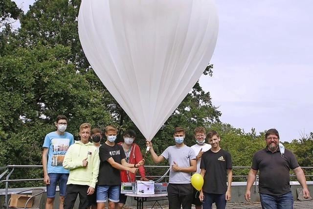 Scheffel-Ballon fliegt davon