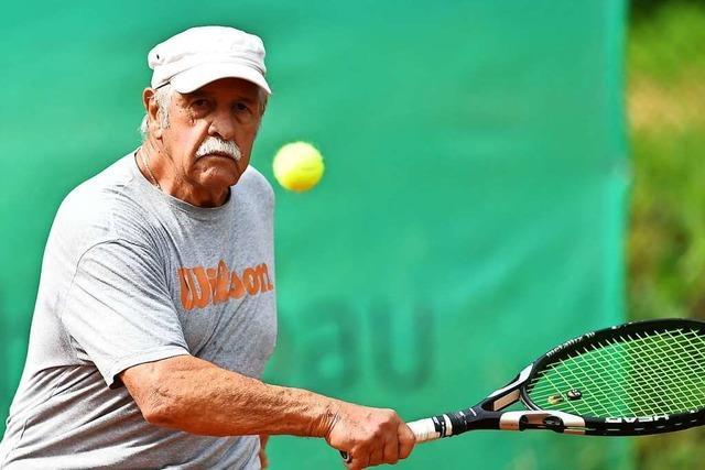 Der Rümminger Gerd Matthis spielt auch mit 82 noch immer in der Liga