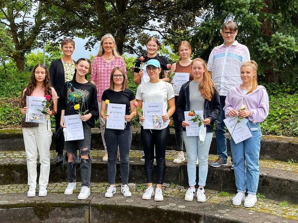 Die Preisträgerinnen  der Klassen Beru...ge und Berufskolleg Pflege in Teilzeit  | Foto: Schule