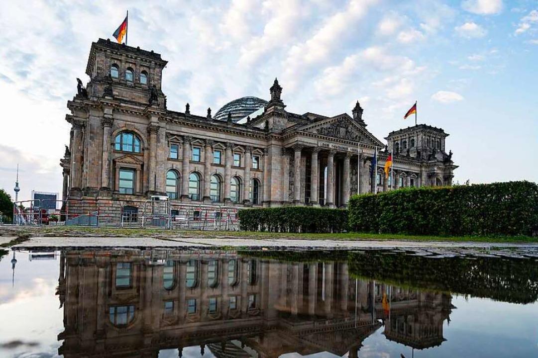 Am 26. September wird der neue Bundest...; Lahr sind zwölf Parteien zugelassen.  | Foto: Fabian Sommer (dpa)