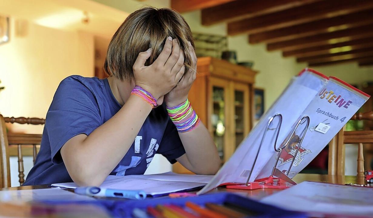 Die Corona-Pandemie hat viele Schüler ...e Fallzahlen in der Kinderpsychiatrie.    Foto: Verwendung weltweit, usage worldwide