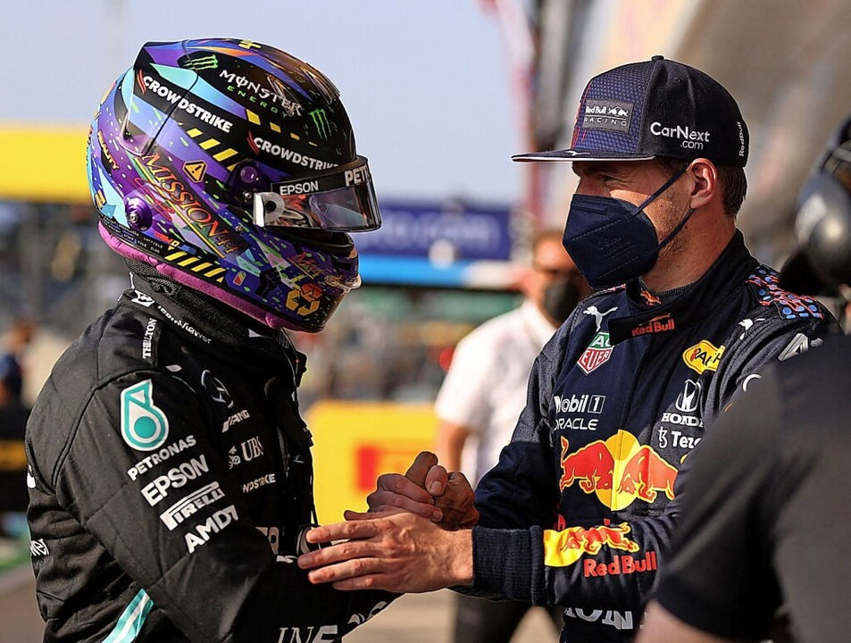 Sind die Differenzen zwischen Lewis Ha...erstappen nun tatsächlich ausgeräumt?     Foto: LARS BARON (AFP)