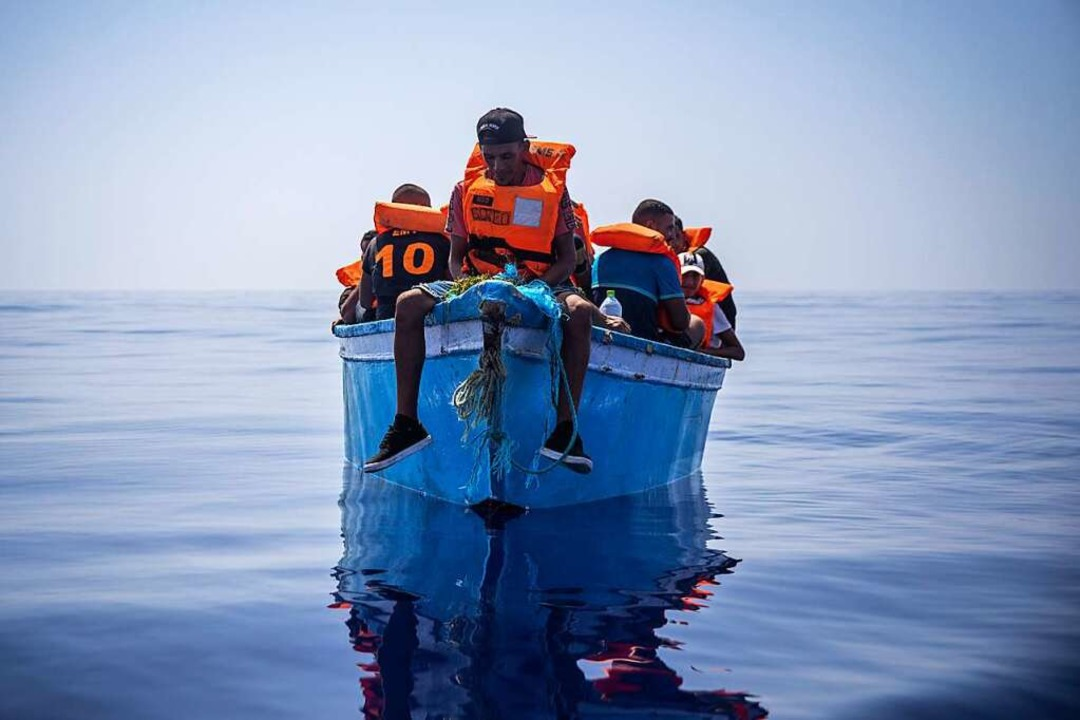 Die gemeinsame staatliche Seenotrettun...der spanischen Organisation Open Arms.  | Foto: Santi Palacios (dpa)