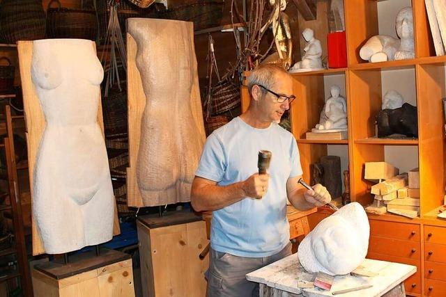 Bildhauer Torsten Kleiner aus Niederweiler widmet sich in seiner Arbeit weiblichen Figuren