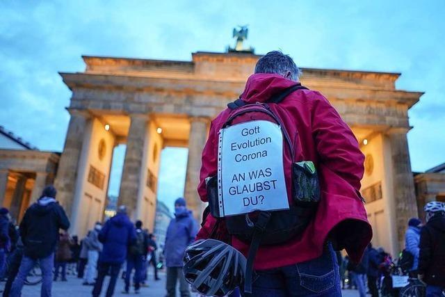 Zwölf Veranstaltungen der Corona-Szene in Berlin an diesem Wochenende verboten