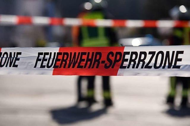 Kanister mit Diesel bei Lörrach-Brombach angespült