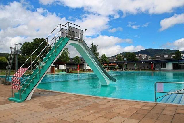 Schwimmbad wegen eines Rohrbruchs geschlossen