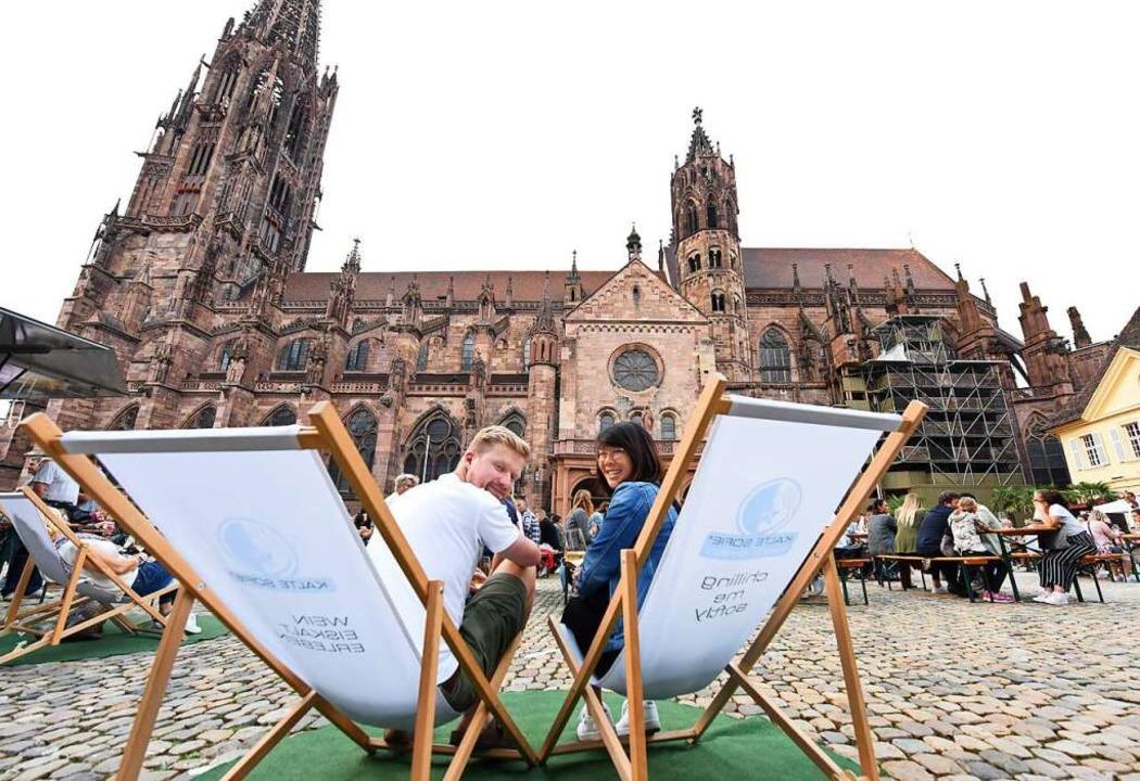 Sitzplatz mit Ausblick an der Alten Wache  | Foto: Rita Eggstein