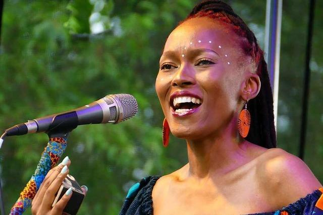 Open-Air-Konzerte in Steinen bringen Glücksgefühle trotz Regens