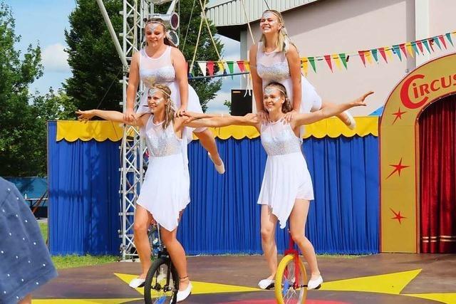Circus Paletti startet seine Tournee in Ringsheim vor 200 Gästen
