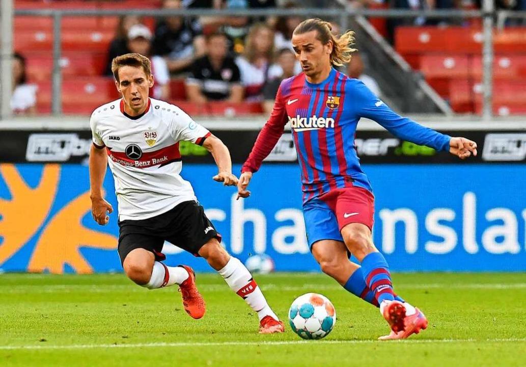 Barcelonas Offensivspieler Antoine Gri... Stuttgart mit Philipp Klement vom VfB    Foto: THOMAS KIENZLE (AFP)