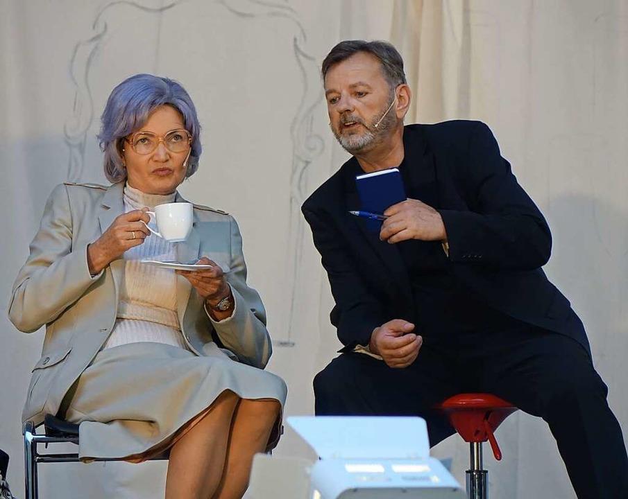Hilde Butz spielt Frau Margot (hier mi...i der Festspielgemeinde Bad Säckingen.    Foto: Roswitha Frey