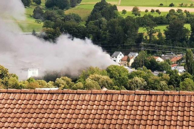 Container brennt auf dem KSW-Gelände in Waldkirch-Kollnau