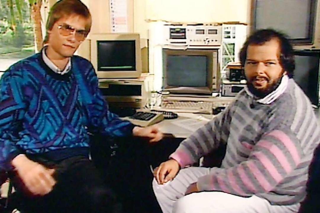 Wau Holland (rechts) gründete 1981 den...Steffen Wernéry beim ersten Interview.  | Foto: Neue Visionen Filmverleih