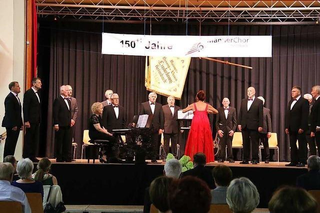 Männerchor Heimbach begeistert seine Gäste beim Festakt