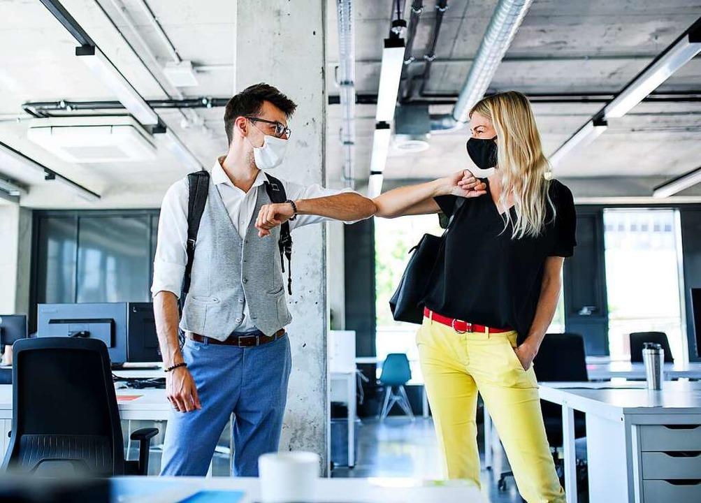 Trendsetter sind die duzenden Firmen n...das Siezen schon seit über 100 Jahren.  | Foto: Halfpoint, stock.adobe.com