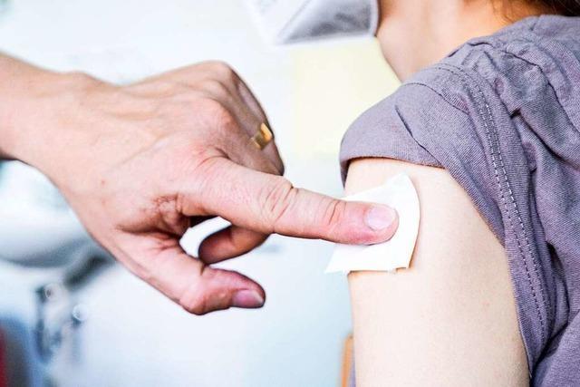Mehr als 1100 Menschen werden bei Pop-up-Angeboten im Kreis Lörrach geimpft